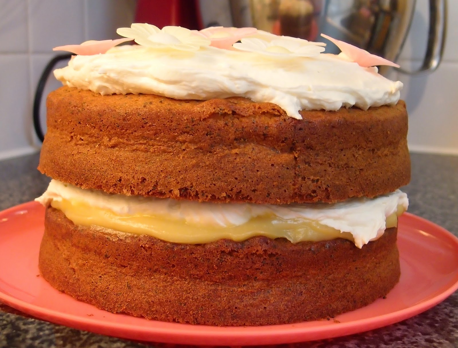 honey and poppy seed cake with honey buttercream