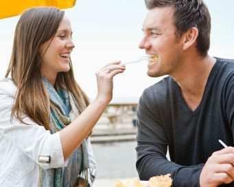 Ide - Ide Kencan Romantis Tanpa Biaya Banyak