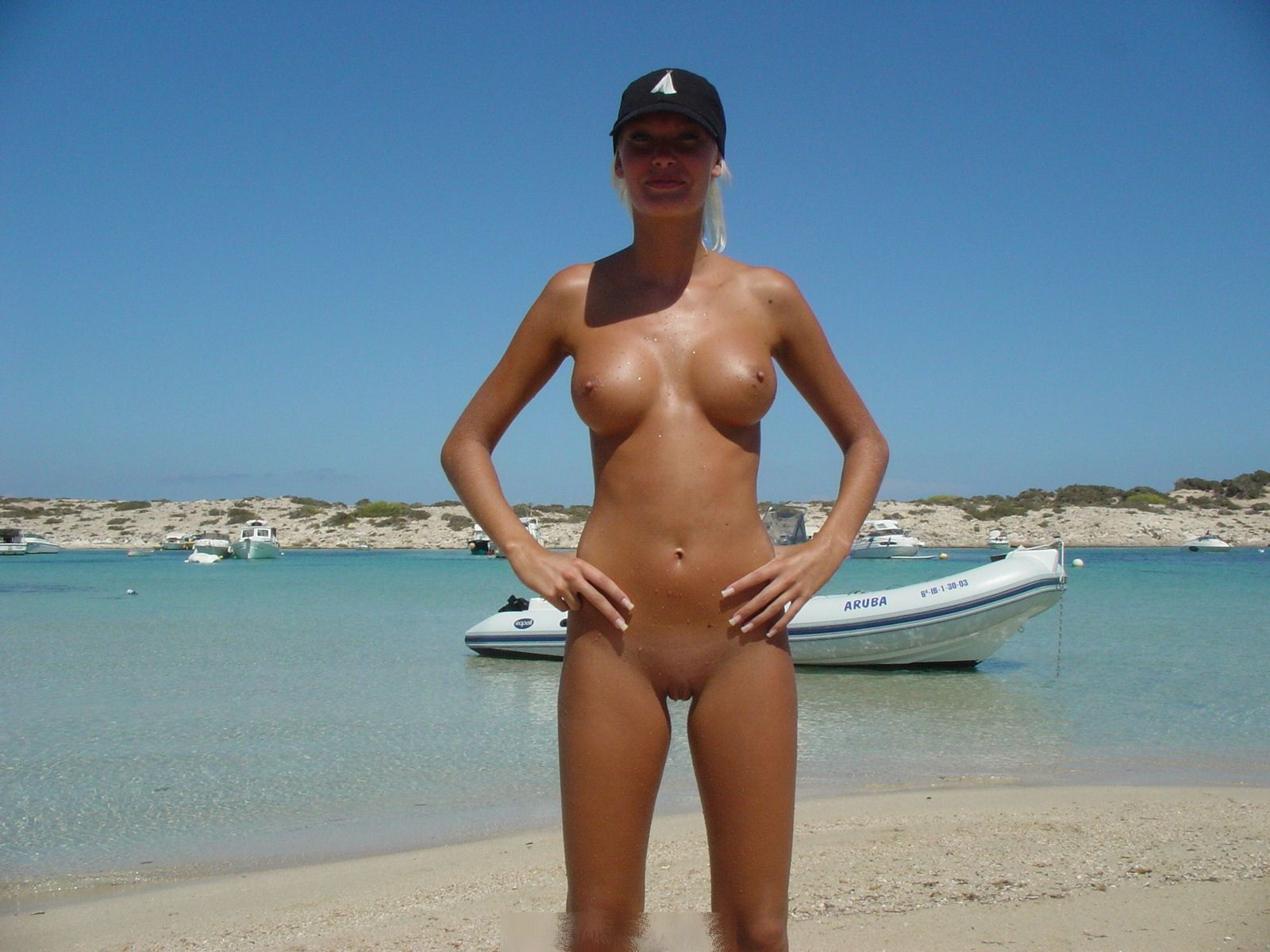 Blonde Euro Chick Butt Naked On Beach In Aruba