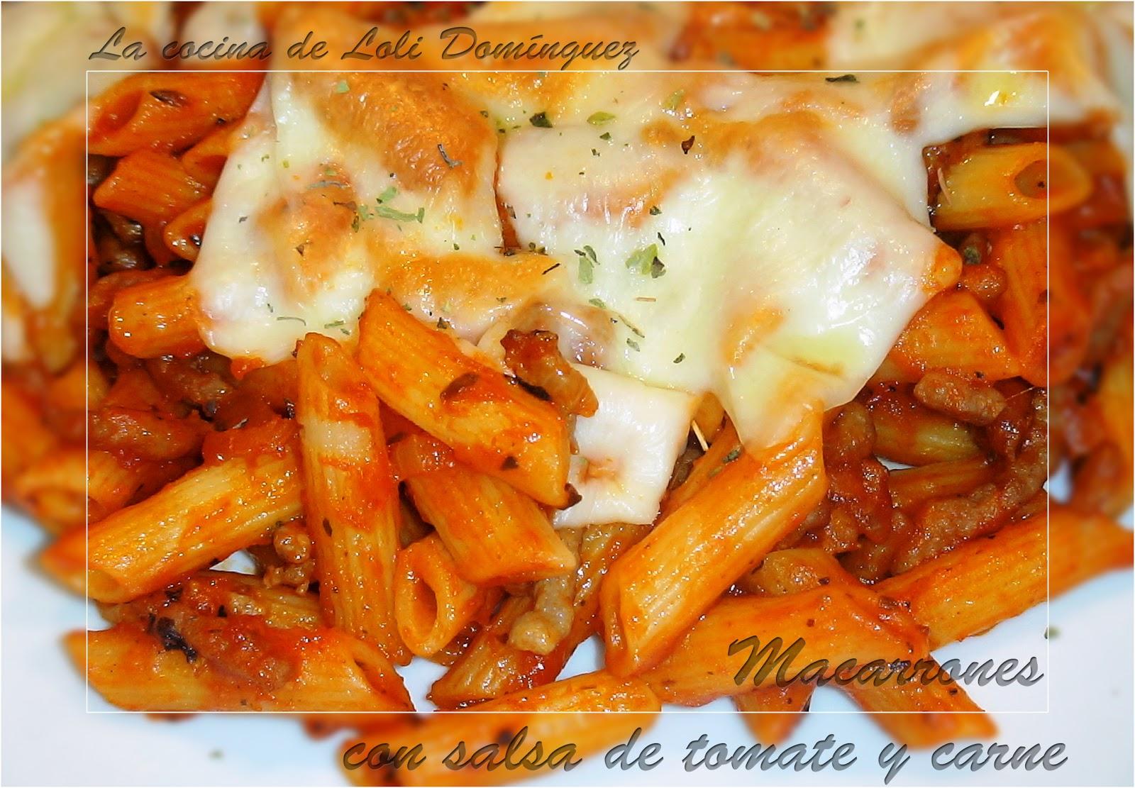Macarrones con salsa de tomate y carne