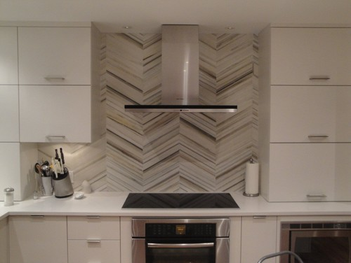 herringbone backsplash pattern for modern kitchen