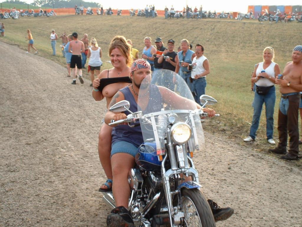 biker chicks naked flashing
