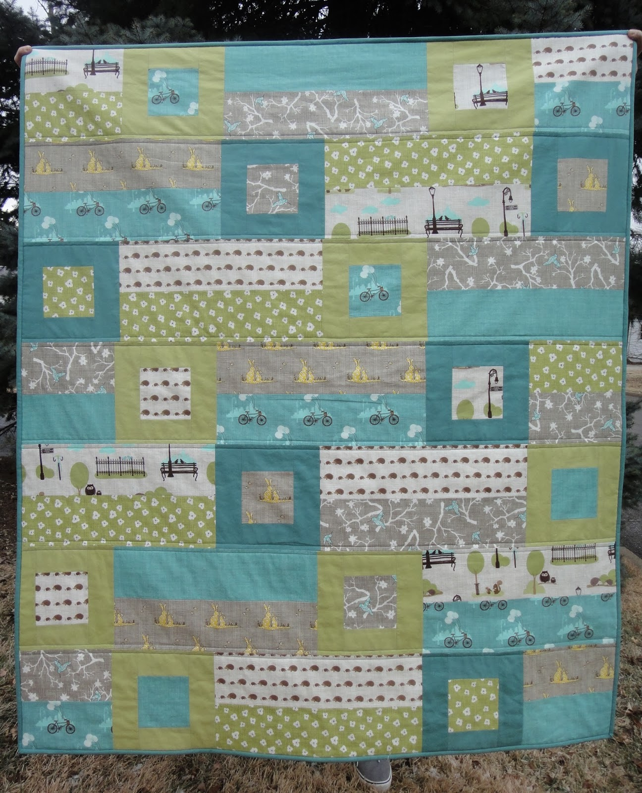 A Blue Sky Kind of Life: Bluebird Park Baby Quilt finished! : blue baby quilt - Adamdwight.com