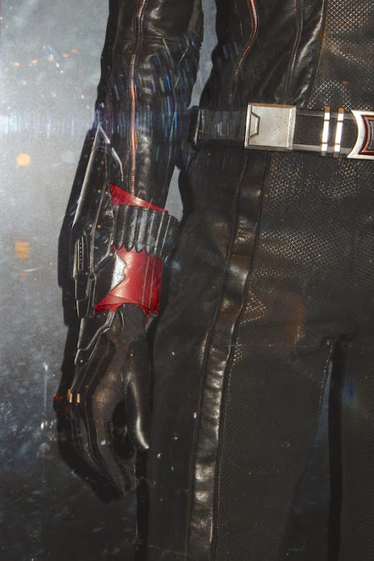 Black Widow sting costume detail Avengers Age of Ultron
