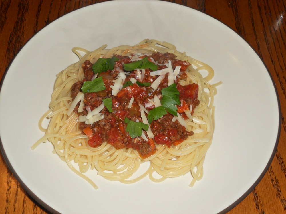 how to make beef bolognese sauce