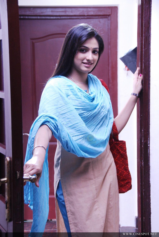 , Hari Priya Pics In Suit