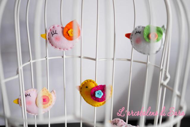 uccellini feltro in gabbietta