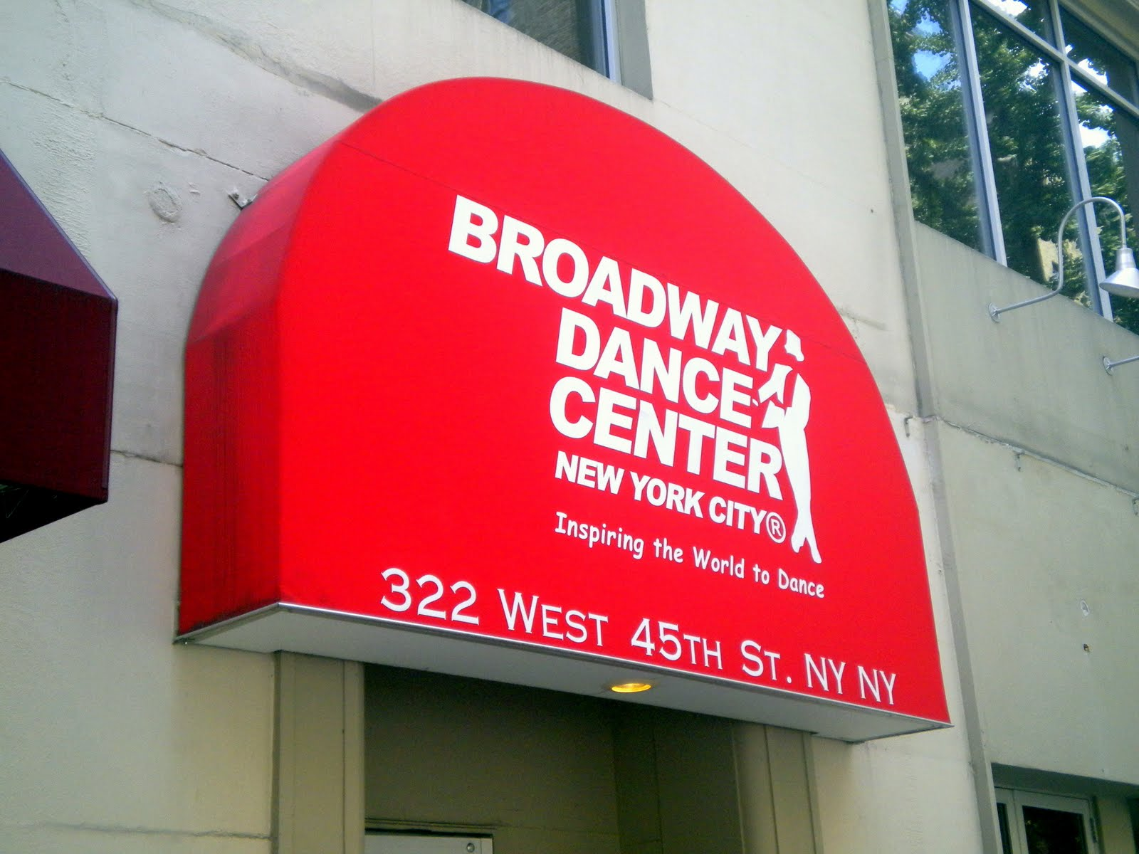 straight to the pointe: broadway dance center's professional