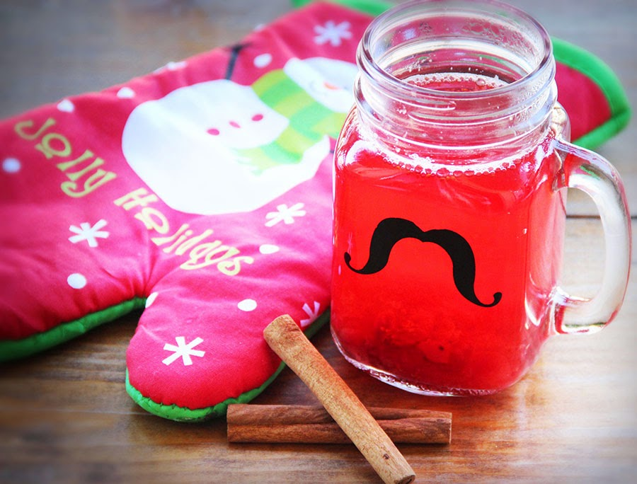 Hot homemade cranberry drink