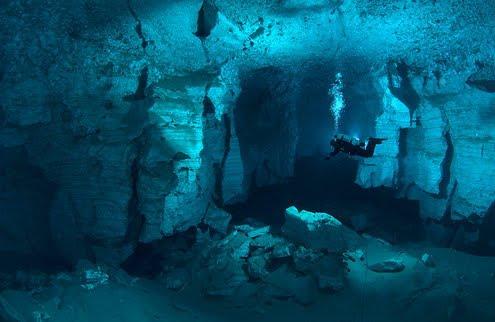13ª Edición Descubre la Imagen 201102_cueva-submarina-de-Ordynskaya11