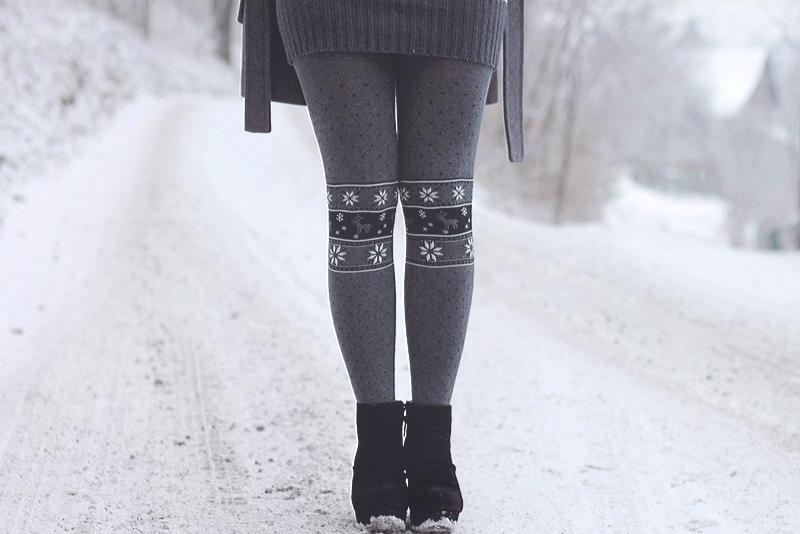 norweskie wzory rajstopy renifery