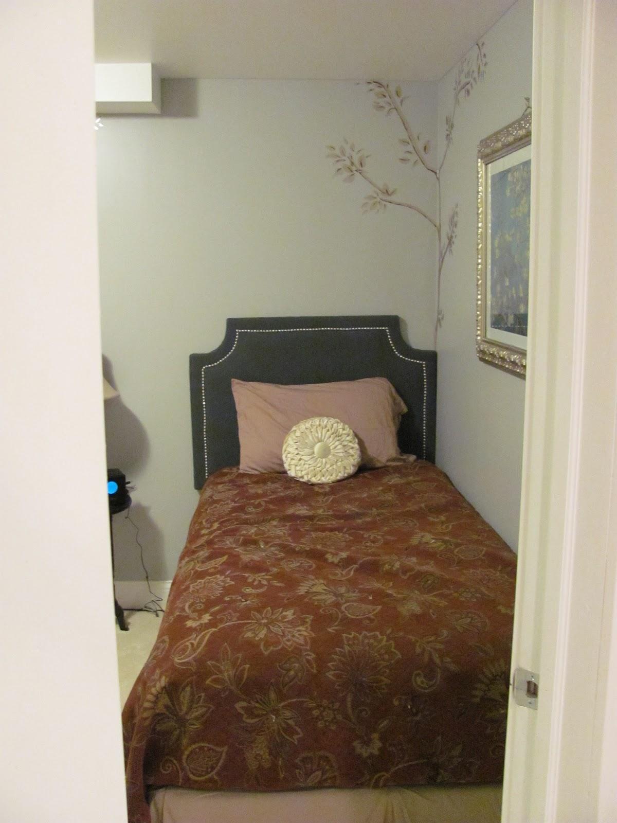 http://3.bp.blogspot.com/-7d4loe01IwI/TaYOhjHIB5I/AAAAAAAABIs/4-U7-RGbozY/s1600/basement+008.jpg