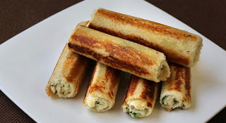 Evening-Tea-time-snacks-bread-paneer-rolls