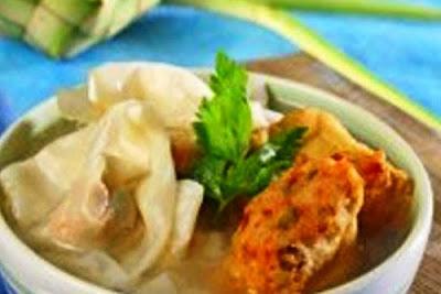 Sup Tahu Pangsit. i-Kuliner