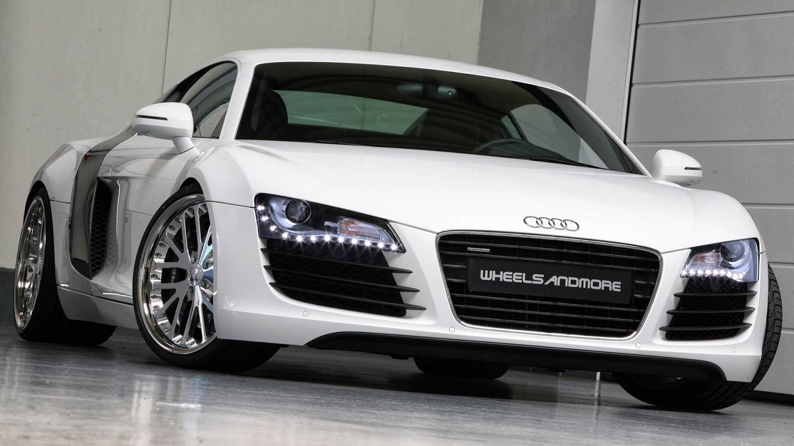 The best looking car with great and amazing engine which supply good power and they make the best car in the world