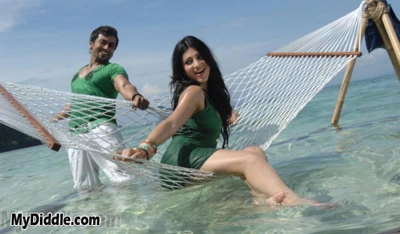 , Shruti Haasan 7th Sense Movie Stills