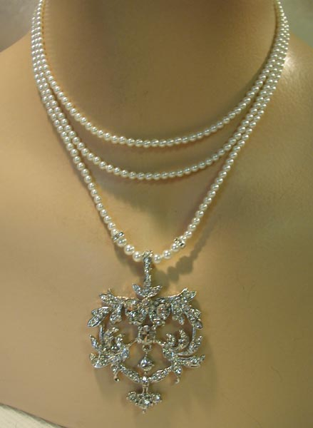 Vintage Bridal Jewlery 114