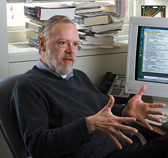 dennis ritchie the computer scientist Dennis macalistair ritchie (september 9, 1941 – october 12, 2011) was an american computer scientist who helped shape the digital era he created the c.