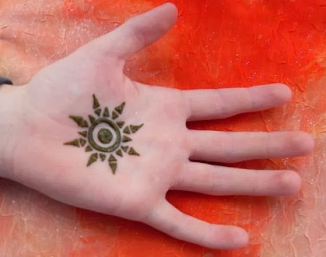 Hair style easy mehndi design for kids hands pictures for Henna tattoo for kids