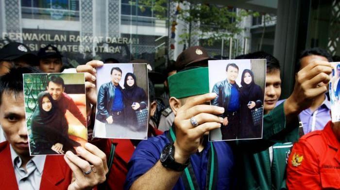 GUBSU dari Partai PKS ini Ikutan Berpoligami dan Di Demo Mahasiswa