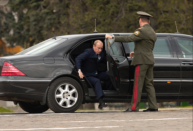 Sepenggal Kisah Pengawal Vladimir Putin Saat KTT APEC XXI di Bali