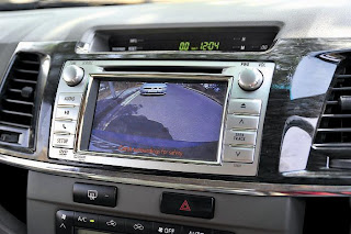 new toyota fortuner dashboard and music system