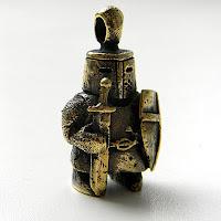 """Кулон-статуэтка """"Рыцарь"""" купить бронзовые фигурки подвески украина"""