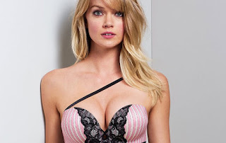 Lindsay Ellingson big boobs