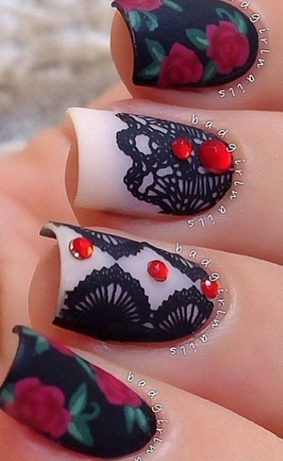 Great Gothic Nail Art Ideas