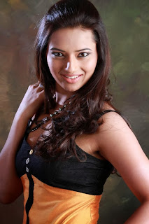 Actress Isha Chawla Latest  Picture Shoot Gallery in Short Dress 0008