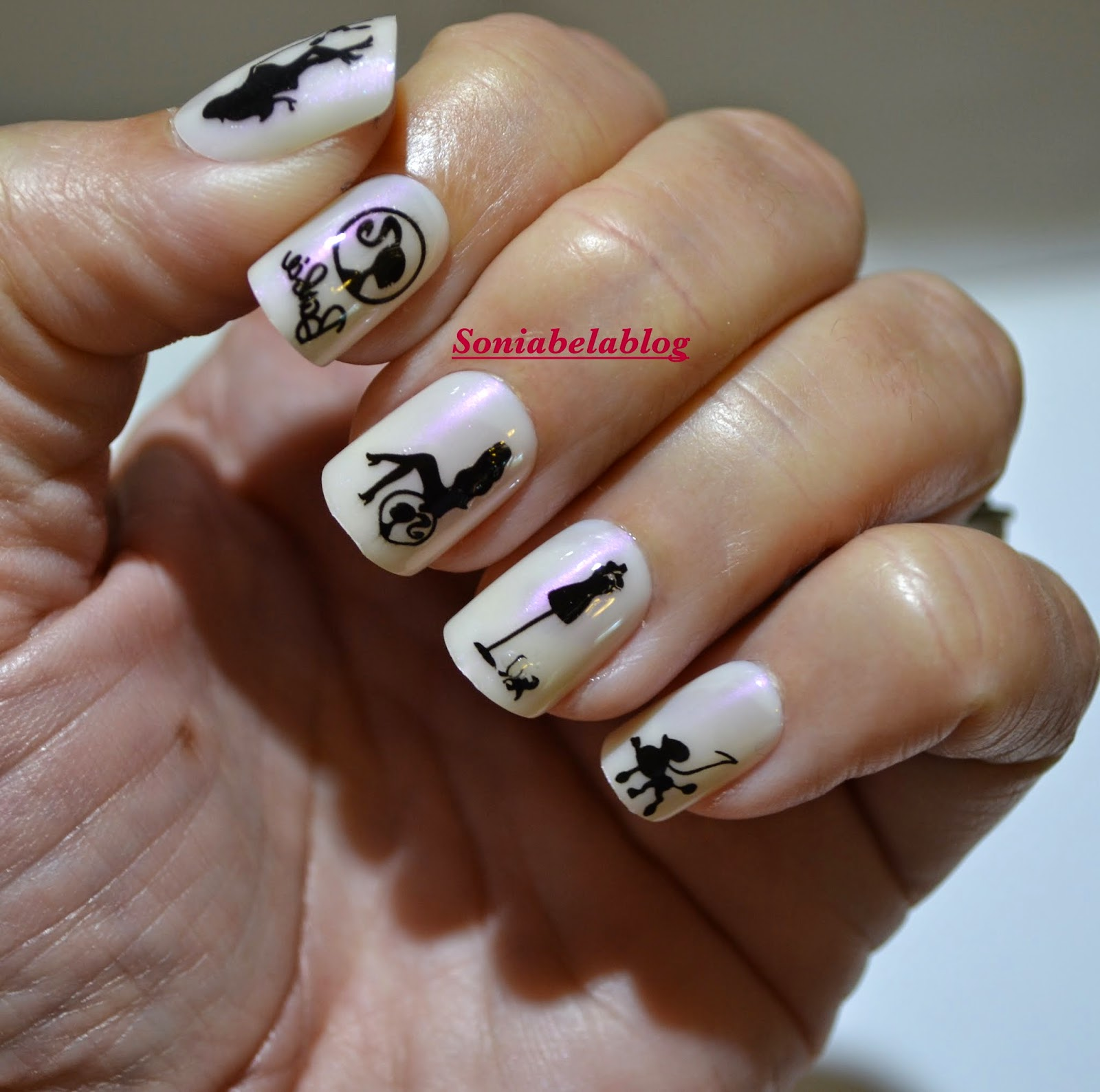 Nail design ideas barbie in black and white easy nail art ii nail design ideas barbie in black and white easy nail art ii prinsesfo Images