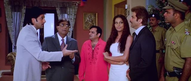 Screen Shot Of Hindi Movie No Entry (2005) Download And Watch Online Free at worldfree4u.com
