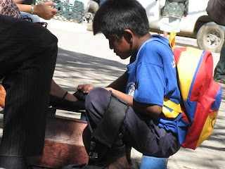 Unicef recuerda que los niños están para estudiar y no para trabajar