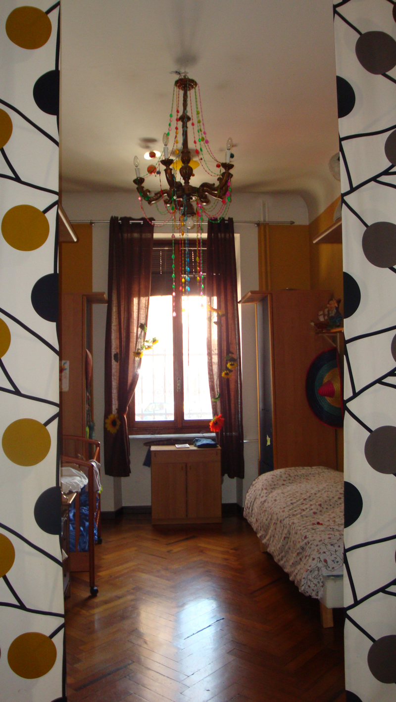 Pollenzo camera da letto 2 - Angolo studio in camera da letto ...