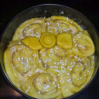 Recept på Saffranskaka med mandelmassa och apelsinsmak