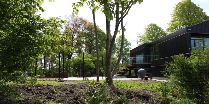 Havefolket: den arkitekttegnede villa fÅr sin have