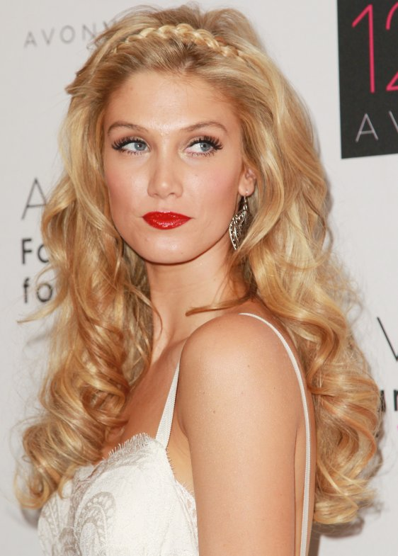 Hairstyle For This Christmas Party Then Try This Stunning Hairstyle