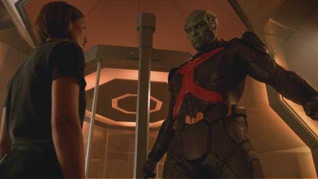 Супергерл: первый взгляд на Марсианского Охотника