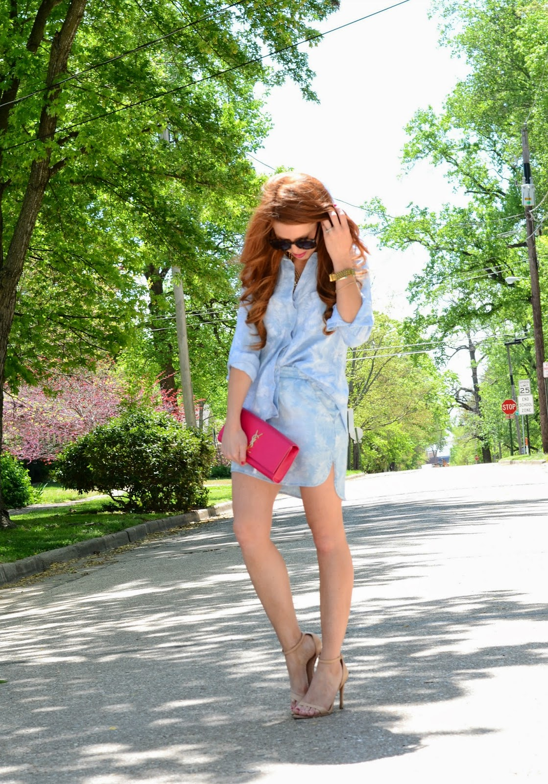 palm leaf top and pink clutch