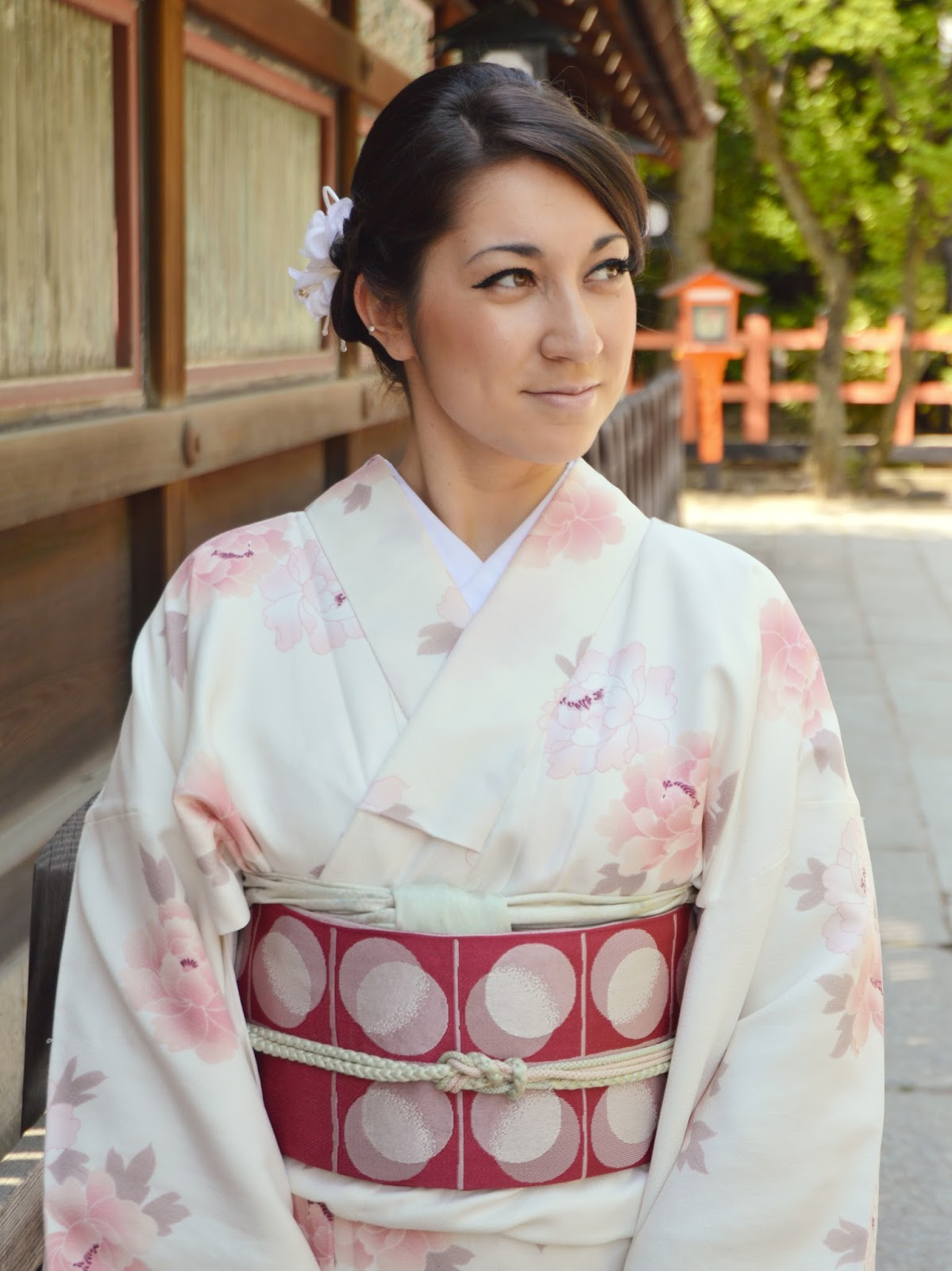 japanese girl wearing kimono - photo #29