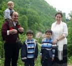 Ioan, Luca și Matei vă roagă să o ajutați pe mămica lor!