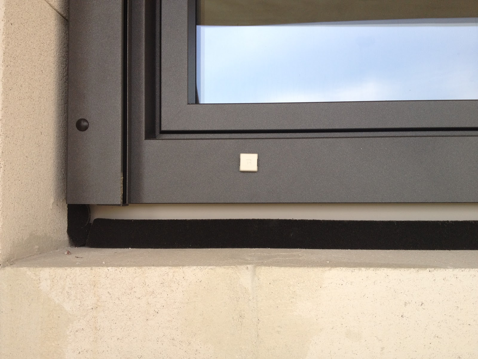 Sicher ins eigenheim wir bauen ein haus - Fenster einbauen anleitung kompriband ...