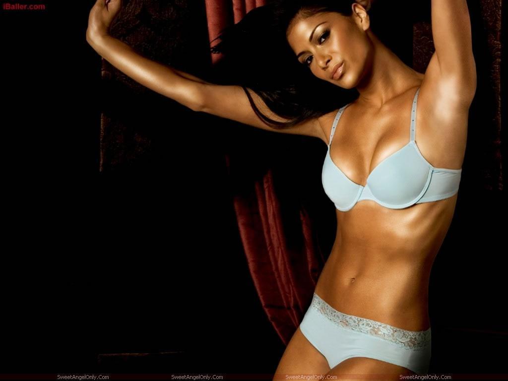 http://3.bp.blogspot.com/-7fssMhKU6yc/TaMIX3BqFLI/AAAAAAAAGUM/DCTcZOj-dQw/s1600/nicole_scherzinger_wallpaper_in_lingerie_bikini.jpg