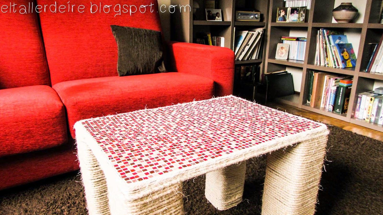 C mo hacer una mesa con cart n y una tabla de madera el - Como hacer patas de madera para mesas ...