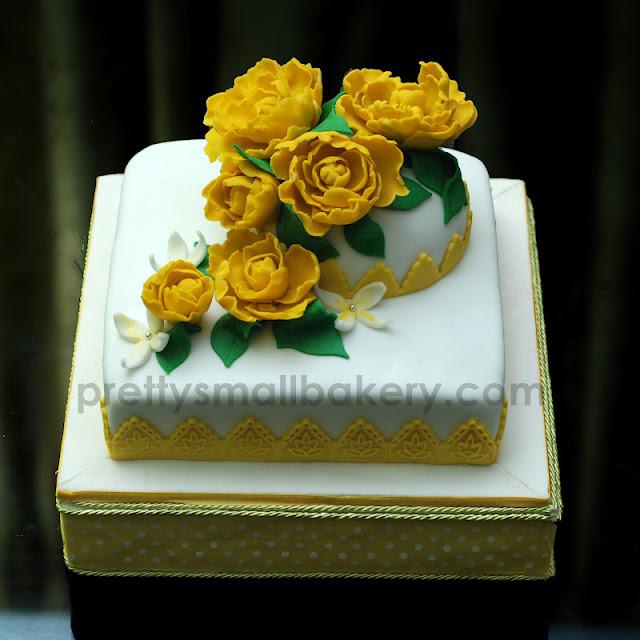 kek tema kuning
