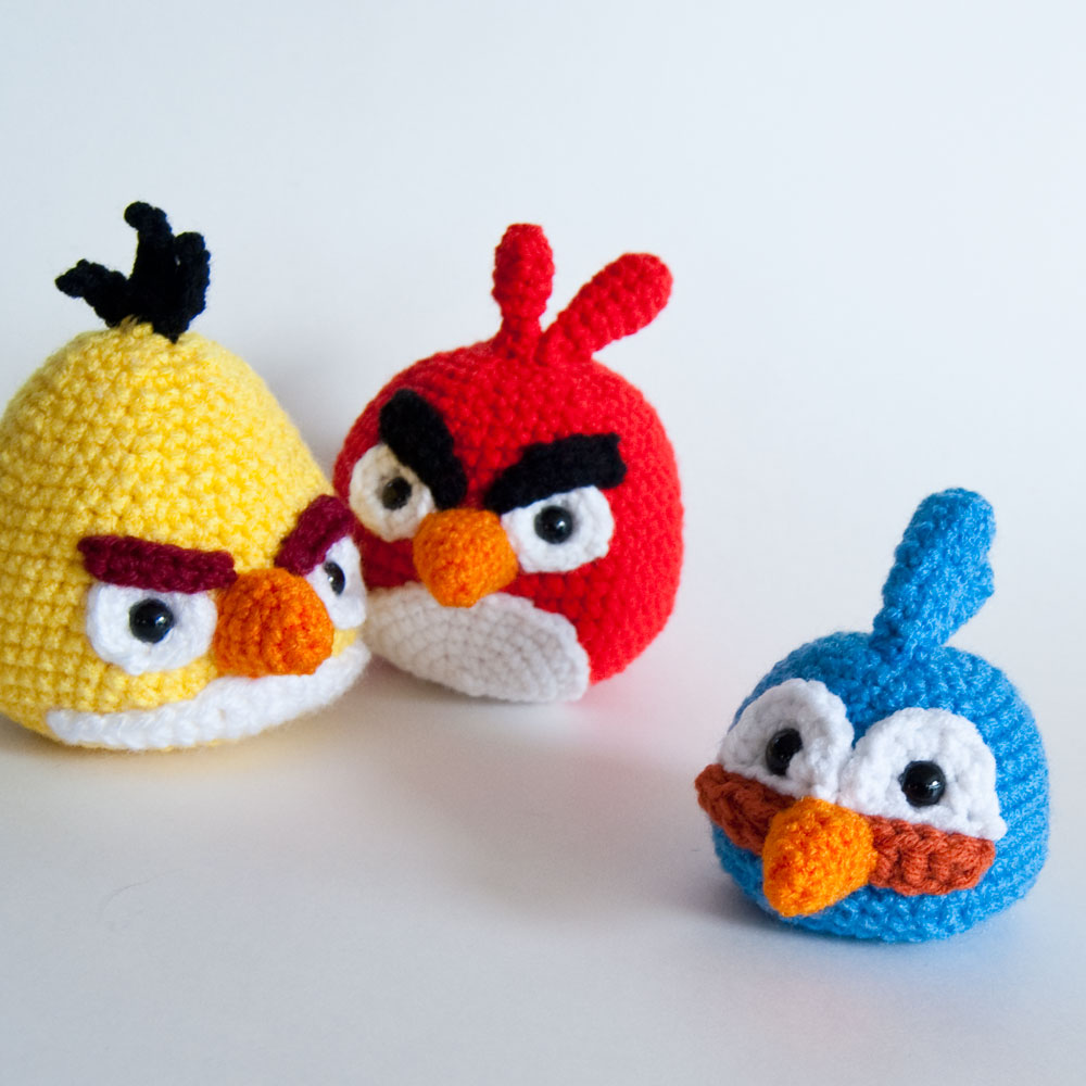 The Itsy Bitsy Spider Crochet: Angry Birds blue bird is here!