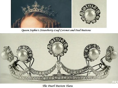 Transformation from the original Coronet to the Pearl Button Tiara