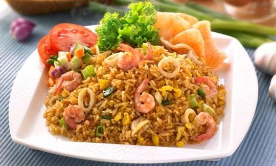 Resep Nasi Goreng Seafood Sederhana, Cara Membuat Nasi Goreng Seafood Sederhana