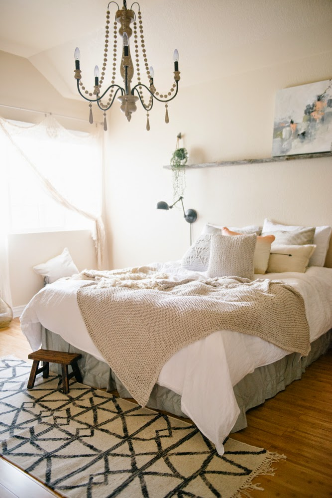 Vintage Whites Blog 10 Ways To Refresh And Update Your Bedroom On A Budget