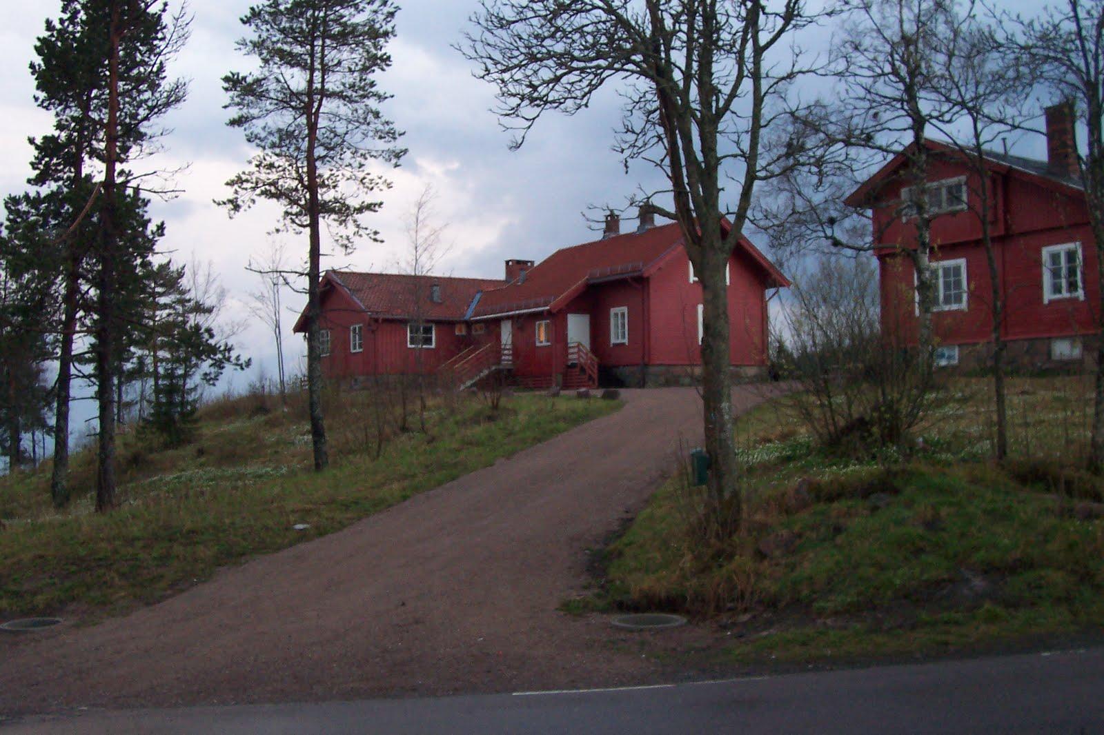 Highhill homeschool norwegian houses - Norwegian wood houses ...